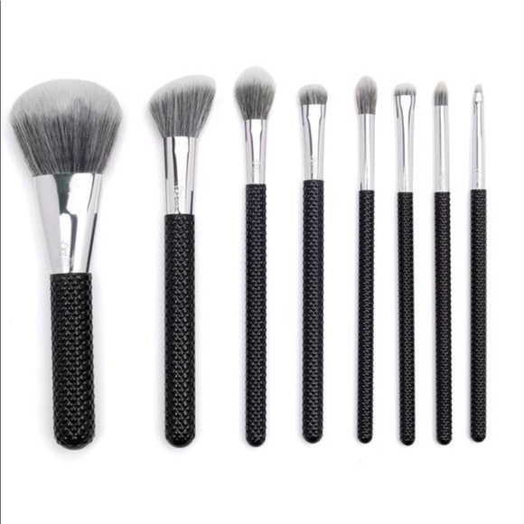 Sephora Other - Moda 8 Piece Make-up Brush Set W/Quilted Handles
